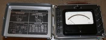 Вольтметр лабораторный Д128